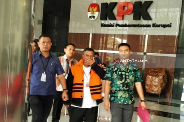 KPK Panggil Dua Saksi Kasus Suap Bupati Mojokerto