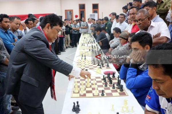Indonesia Krisis Pecatur Bergelar Grandmaster