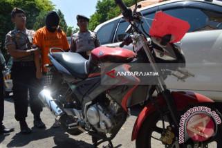 Polres Ponorogo Tangkap Tersangka Penggelapan Sepeda Motor