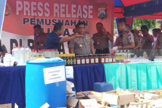 Polda Jatim Perintahkan Jajarannya Perang Terhadap Minuman Keras (Video)