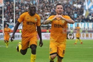 Bhayangkara FC Lawan Persela