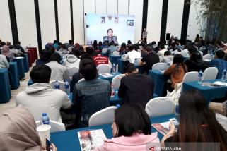 Menkominfo Beri Kuliah Jarak Jauh Mahasiswa Beijing