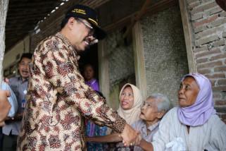 Pemkab Tulungagung Salurkan Bantuan Korban Puting Beliung