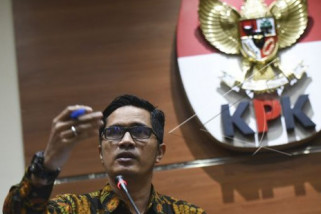 KPK Panggil Bupati Jombang Nonaktif Nyono Suharli