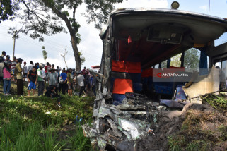 Kecelakaan Bus Ngawi