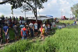 Belasan Korban Terluka Akibat Kecelakaan Tiga Bus Ngawi