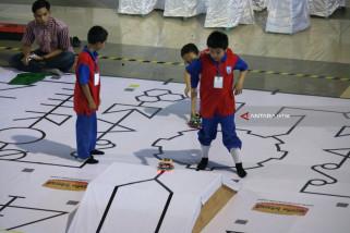 Lomba Robot Nasional