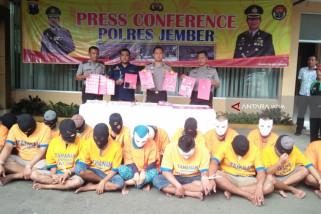 Puluhan Tersangka dan 7,13 Gram Sabu-Sabu Hasil Operasi Tumpas Semeru di Jember