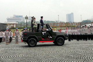 Korps Wanita TNI-Polwan Diajak Presiden Jaga Semangat Kartini (Video)