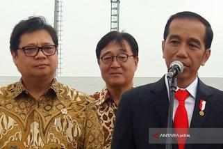 Jokowi Pastikan Benahi Perizinan Mandek