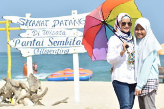Istri Wabup Sumenep Apresiasi Pengembangan Pantai Sembilan