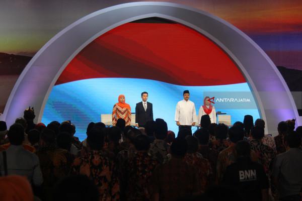 Berebut Tahta Tanpa Politik Harta Serta SARA