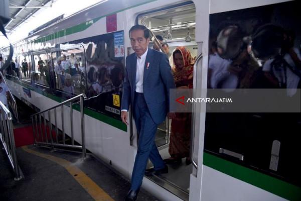 Warga Padang Sudah Bisa Nikmati Kereta Bandara