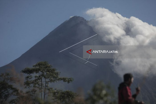 Mt Merapi Produces Phreatic Explosion Again