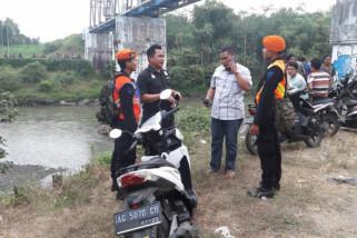 Dua Remaja Terjatuh dari Jembatan Mengakibatkan Satu Meninggal