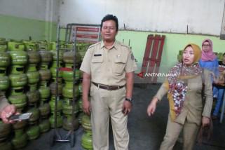 Dinas Perdagangan Pastikan Stok Elpiji di Kediri Mencukupi (Video)