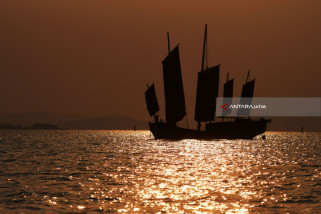 Pelesiran di Danau Taihu (Video)