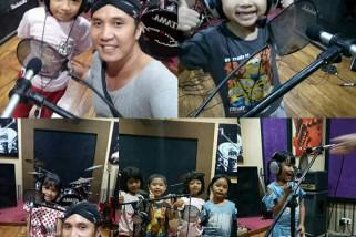 Modal Nekat, Pemuda Tulungagung Ini Produseri Album Lagu Anak Indonesia
