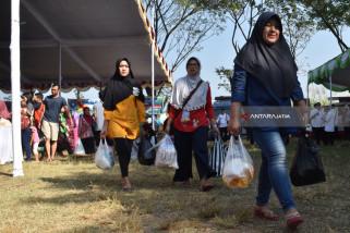 Sebanyak 14.283 RTM Bangkalan Terima Beras Bersubsidi