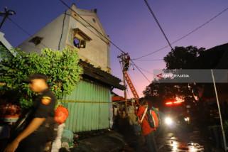 Korban Kebakaran di Surabaya Ada Bayi dan Ibu Hamil