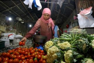 Khofifah Dorong Perlindungan Pedagang Pasar Tradisional