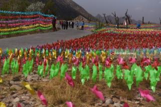 Melihat Dari Dekat Wisata Buatan Kincir Angin di China (Video)