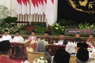 Jokowi Singgung Kekejaman Terorisme di Sela Buka Bersama (Video)