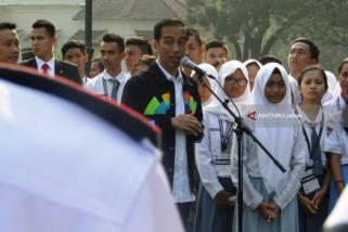 Presiden Jokowi Minta Pelajar Cegah Penyebaran Hoaks