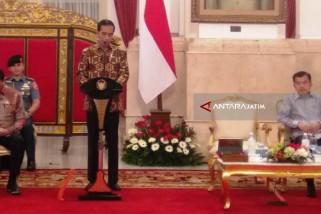 Jokowi Perintahkan Kementerian-Lembaga Terintegrasi dalam Sistem Tunggal (Video)