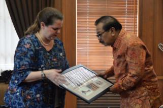 Konjen AS Pamit ke Pakde Karwo Akhiri Masa Tugas di Surabaya