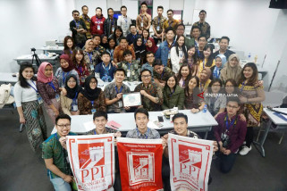 Indonesia Students in China Talk on Violence in School