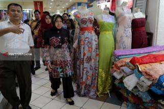 Risma : Transaksi Pusat Perbelanjaan di Surabaya Kembali Normal