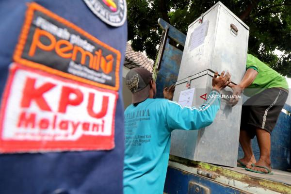 "Rochani-Insan Dilantik, KPU Jatim ""Ketambahan"" Dua Komisioner"