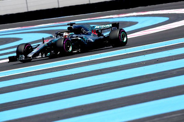 Hamilton Tutup Seri Pamungkas F1 dengan Kemenangan
