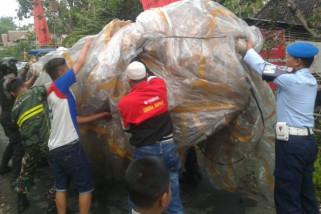 Ratusan Personel TNI-Polri Razia Balon di Ponorogo