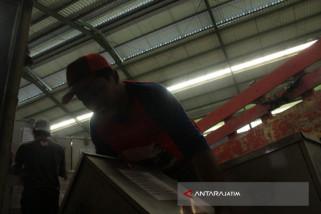 KPU Nganjuk Distribusikan Logistik Pilkada