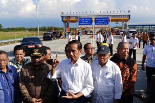 Jokowi Resmikan Ruas Tol Gempol-Pasuruan (Video)