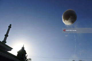Balloon Festival For Flight Safety Familiarization
