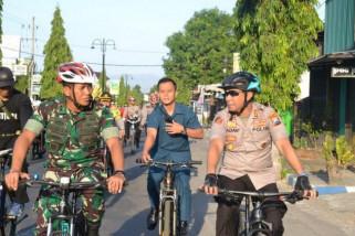 Pantau Keamanan, Dandim-Kapolres Ponorogo Patroli Bersepeda