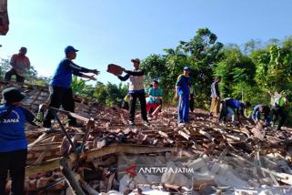 Aliran Listrik di Lokasi Gempa Sumenep Normal