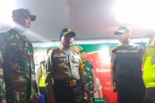 Kapolda Jatim-Pangdam Cek Kesiapan Pos Pengamanan Lebaran di Surabaya