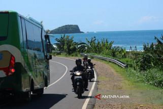 Wisdom Serbu Pantai Malang Selatan Sejak Lebaran