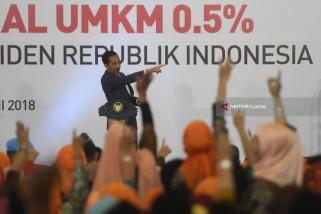 Di Hadapan Jokowi, Pakde Karwo Paparkan Keberhasilam UMKM Jatim