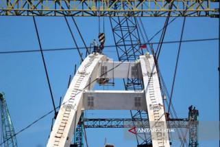 Pekerjaan Pembangunan Jembatan Bengawan Solo di Bojonegoro Hampir Selesai