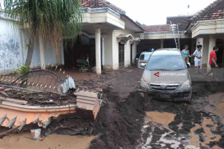 Perjalanan KA di Daop Jember Aman dari Banjir Banyuwangi