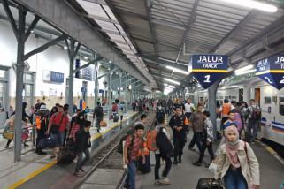 Jumlah Penumpang Turun di Stasiun Gubeng Meningkat