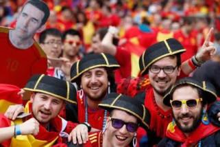 Penyusup Final Piala Dunia Masih Ditahan Polisi
