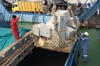 KPU Sumenep Distribusikan Logistik ke Kecamatan Daratan