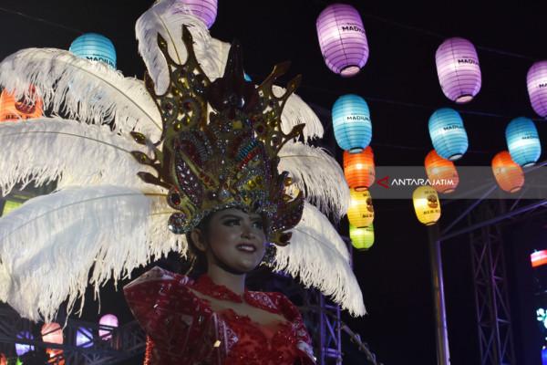 Charismatic Night Carnival