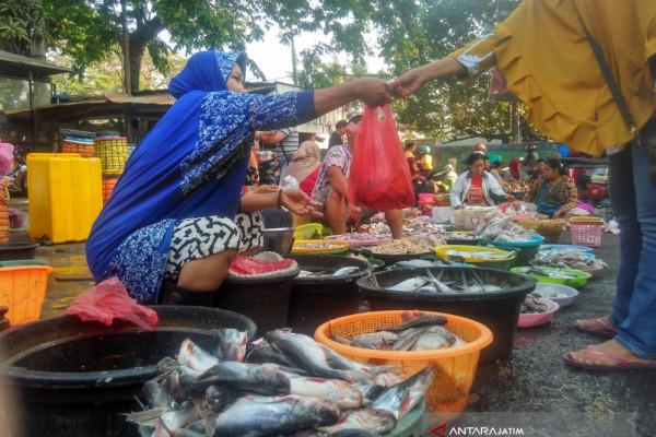 Pasokan Ikan Laut di Bojonegoro Menurun Drastis